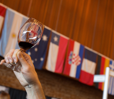 163 wineries from 15 countries in 2020